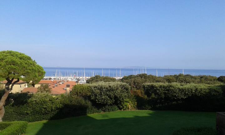 Sea-view apartment in Punta Ala Residence I Boboli