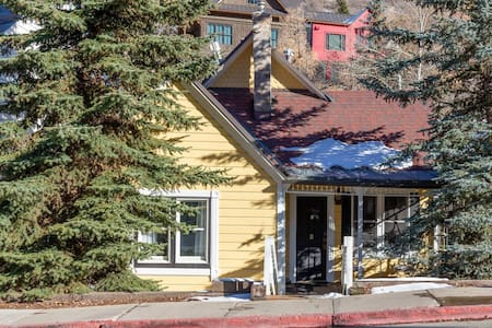 Prime Location-Cottage on Main St. in Old Town, #A
