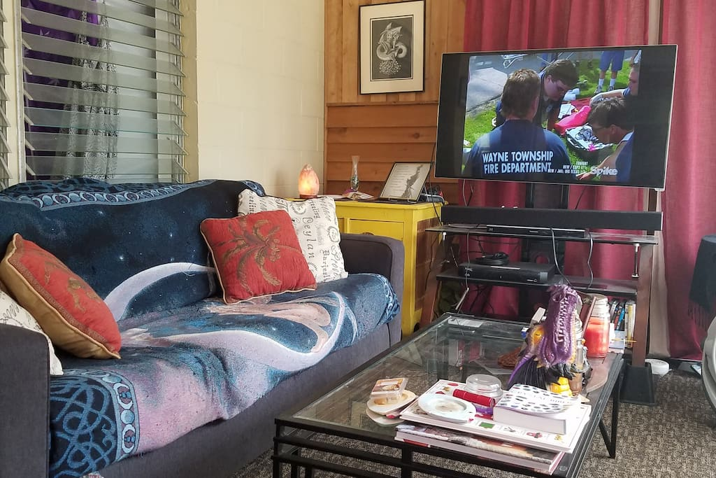 Living room -Dish TV and High speed internet included.