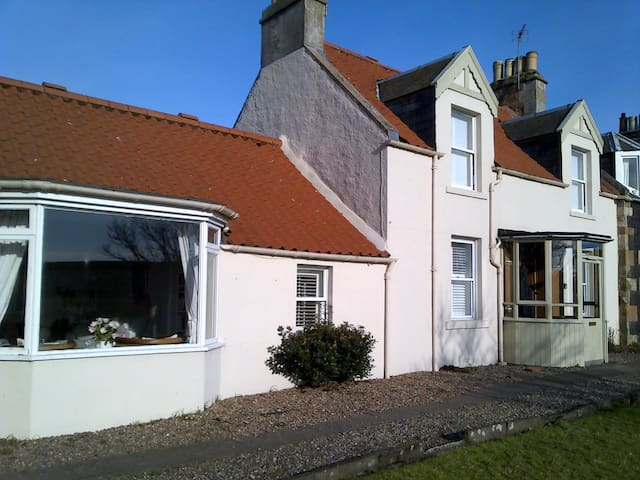 Cottage in East Neuk of Fife