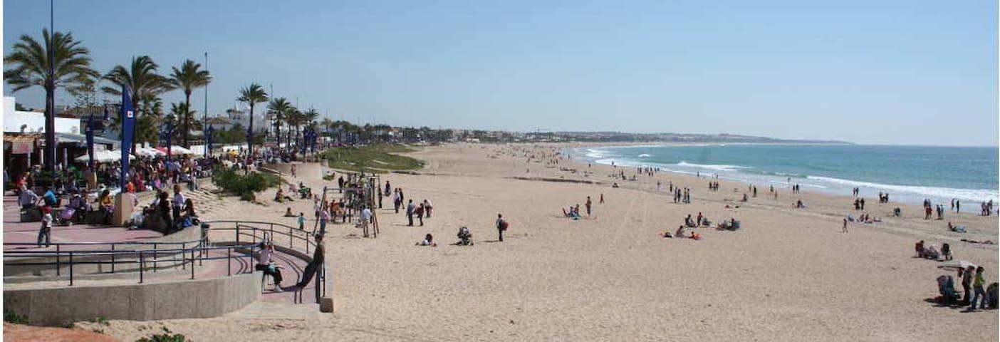 Vivienda a 300 metros de la playa - Chiclana de la Frontera - Σπίτι