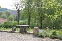 Garden - seating area