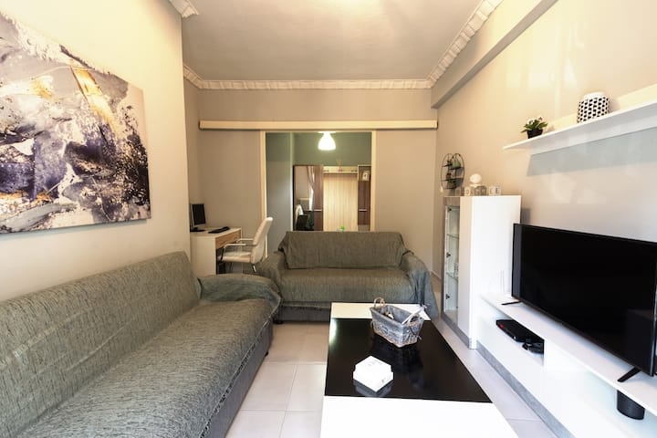 Fully renovated & equipped 90sqm apartment