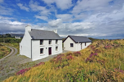 Beautiful Cottage on Stunning Irish Coastline
