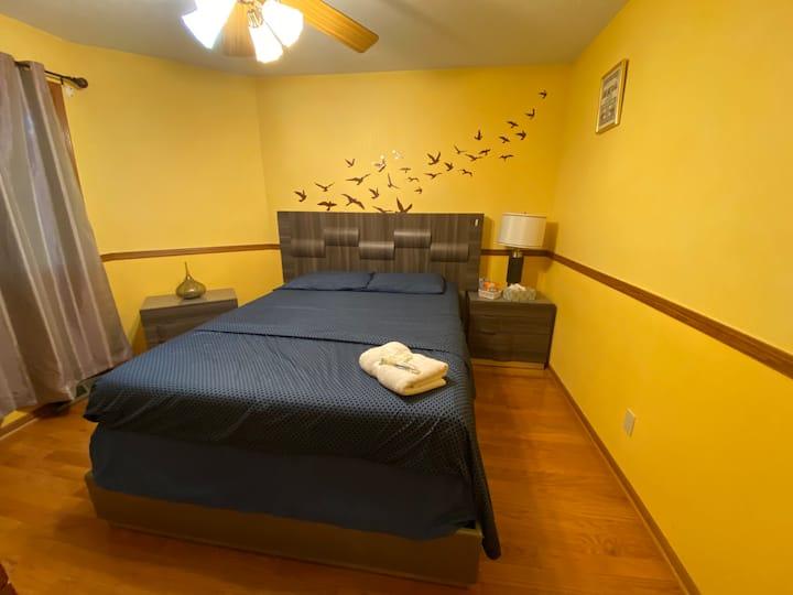 Comfortable Private Room: Nova's Room