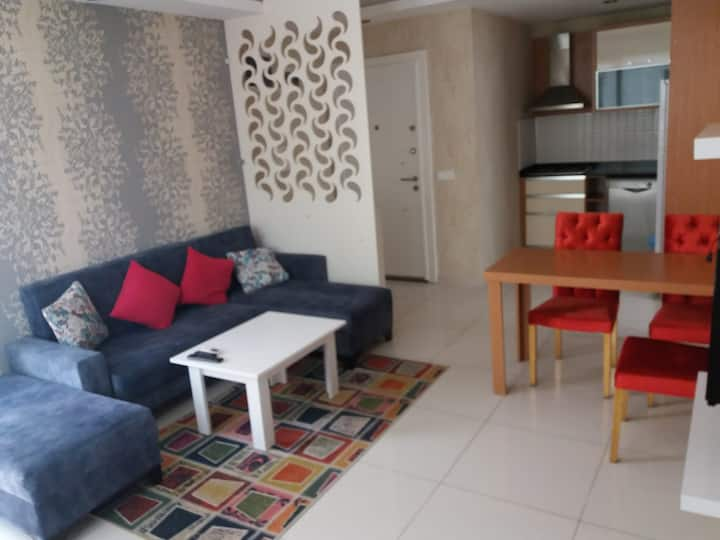 EXCELLENT APARTMENT 600 METRES FROM SEA