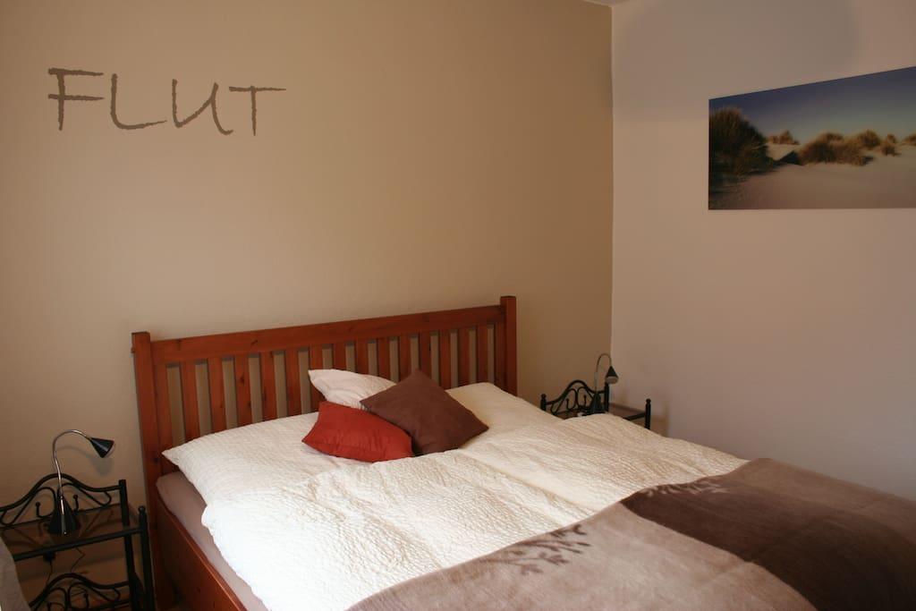 Schlafzimmer in der Wohnung Flut
