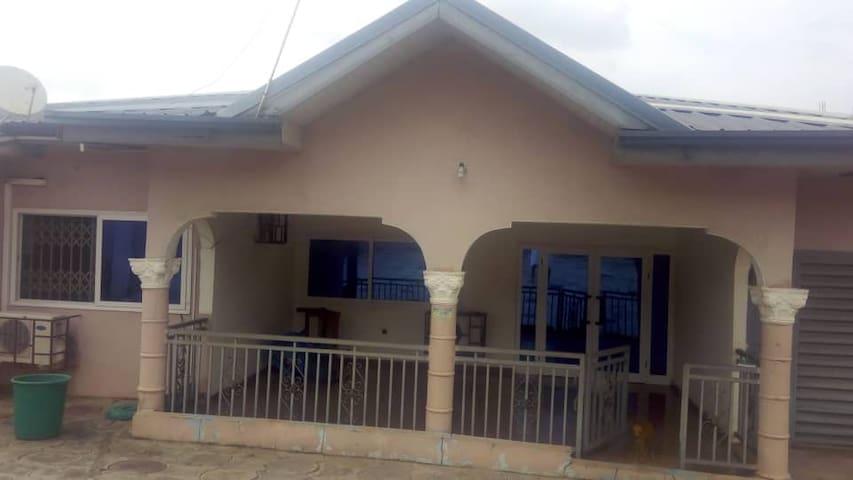 ga west peaceful home