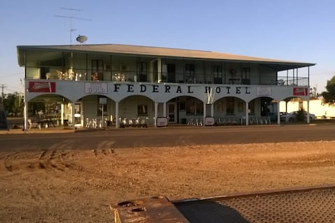 Federal Hotel Single Room Ensuite 30