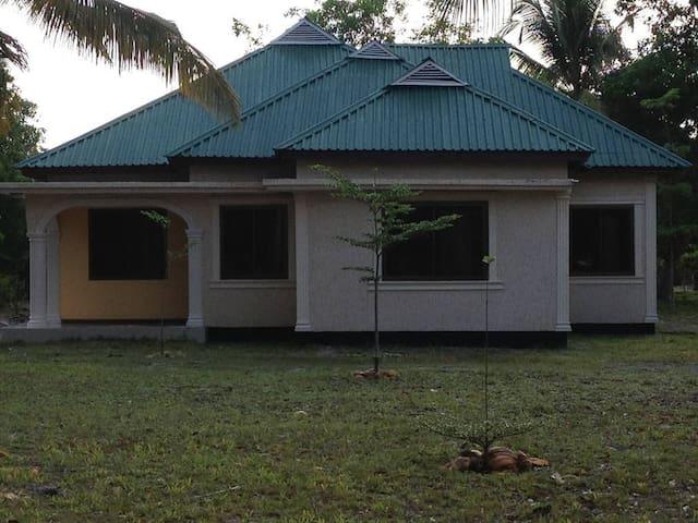 Kilindoni Beach House - Kilindoni - Casa