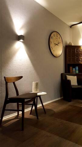 The corridor and livingroom