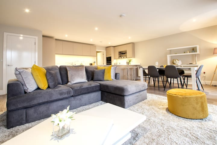 Righton three-bedroom serviced apartment in summertown (oxcgph2)