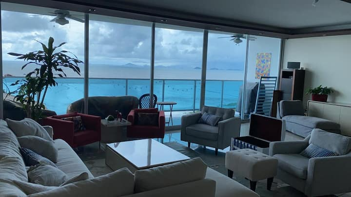 Oceanfront luxury apartment fully furnished