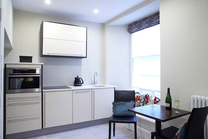 Luxury New Town Apartment Royal Terrace