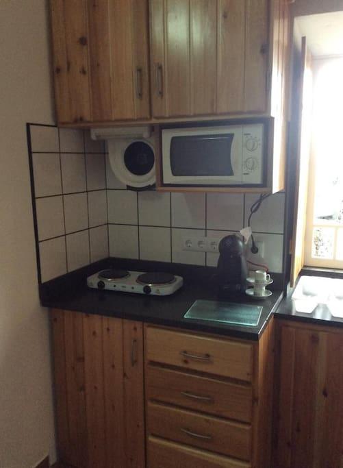 Kitchenette in the Adega