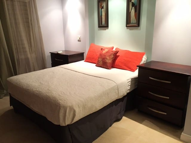 Seawind Studio - Book 7 nts or more, get 1 nt free - Montego Bay - Apartament
