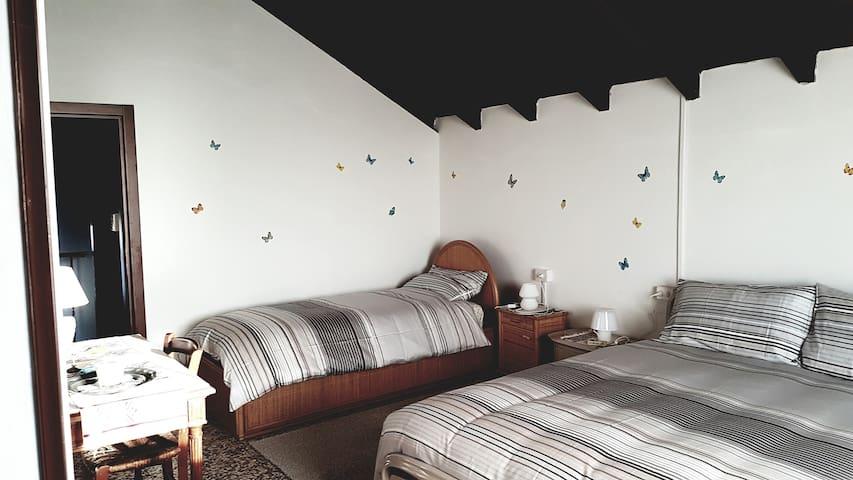 Your base home to visit the Italian Alps Lakes - Paruzzaro - Villa