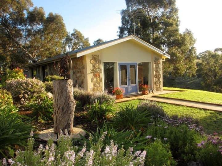 Paradiso Cottage