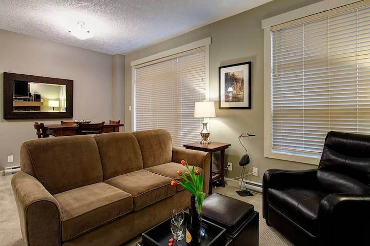 Spacious 3 Bedroom Suite in Sooke, BC