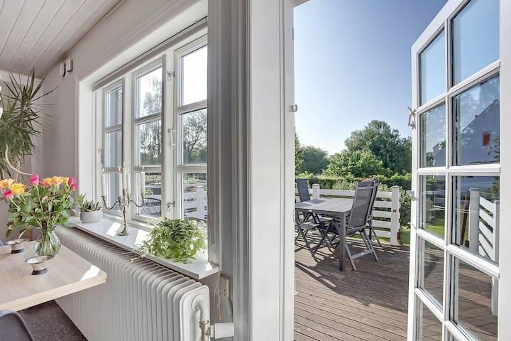 Nyindrettet Airbnb centralt i Middelfart.