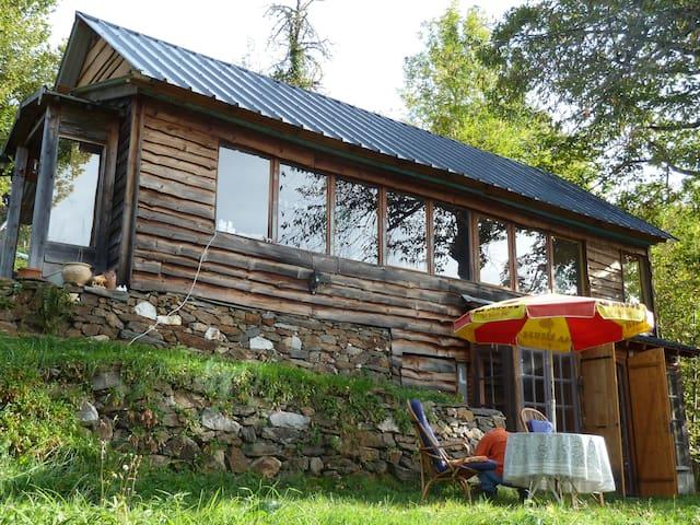 Natur pur und phantastische Aussicht - Biert - House