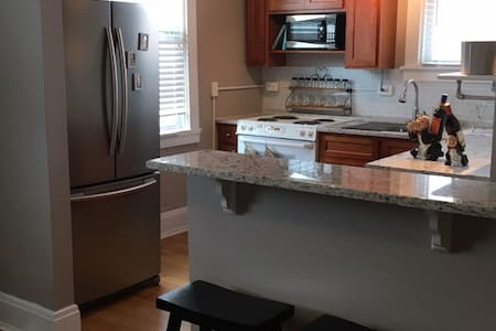 High End Condo in the Heart of Glendale - Cincinnati - Wohnung