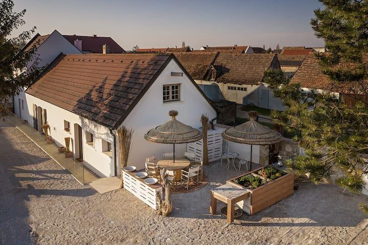 Presshaus Schützen mit pannonischen Ambiente.