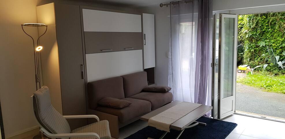 Meuble lit modulable avec son canapé intégré