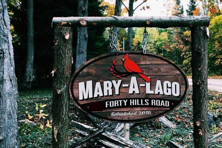 Mary-a-Lago: Serene Country Home, Bruce Peninsula