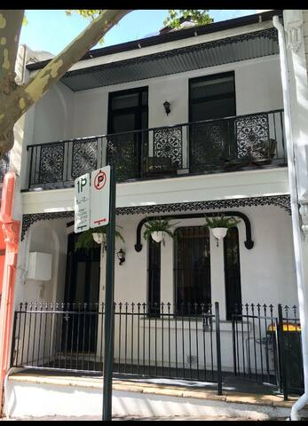 Perfectly located private room, close to the city. - Darlinghurst - Casa