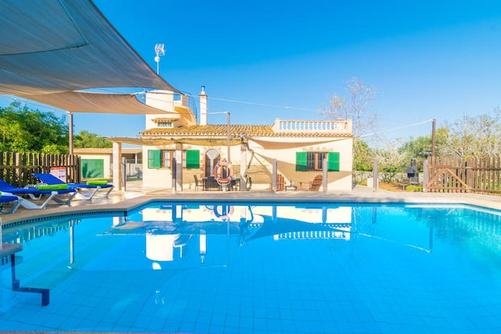 SA TANQUETA DE SES ROQUES - Villa with private pool in Santanyi. Free WiFi