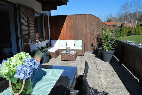 Wohnung direkt am Tegernsee mit XL-Terrasse