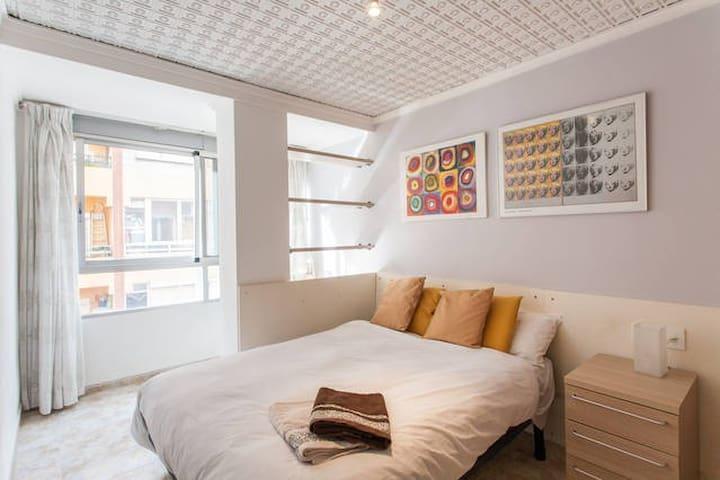 ENJOY YOUR STAY IN VALENCIA  - Walencja - Apartament
