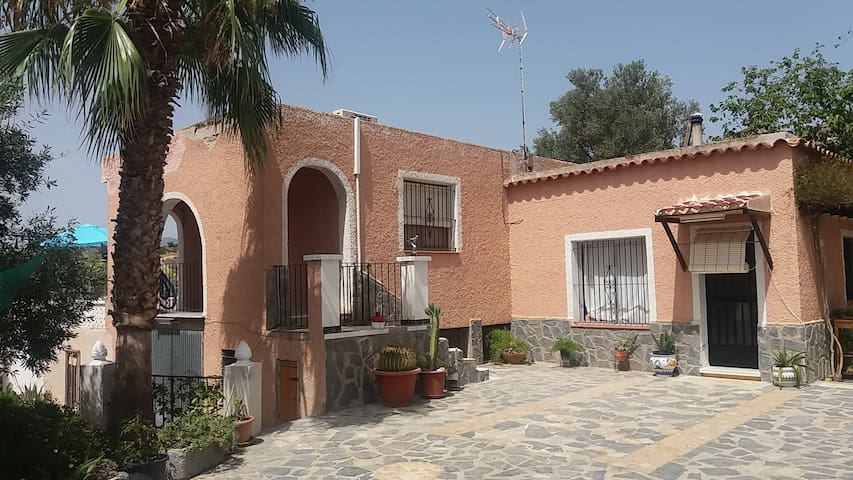 Chalet en Bonalba Baja - Busot