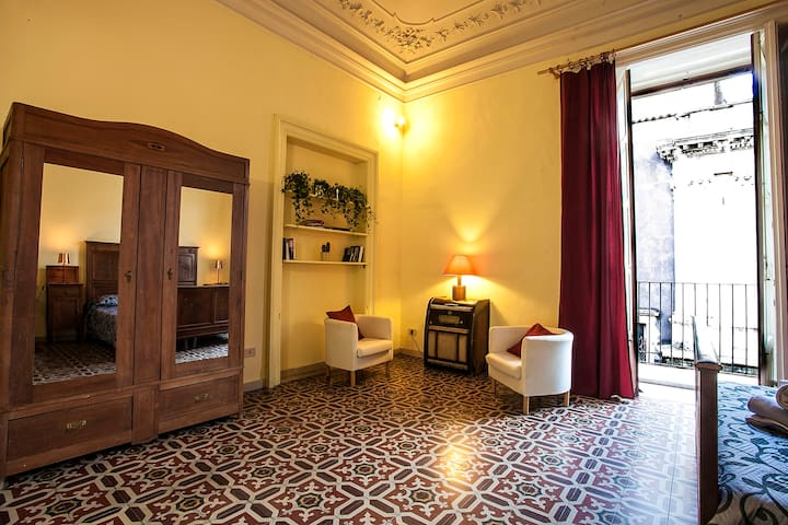 Central appartment in downtown Catania