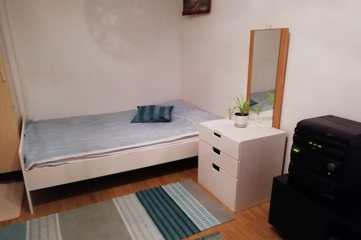 Comfortable stay Helsinki. Very close to airport