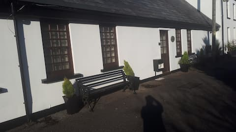 Stable Cottage , close to Breacon Beacons.