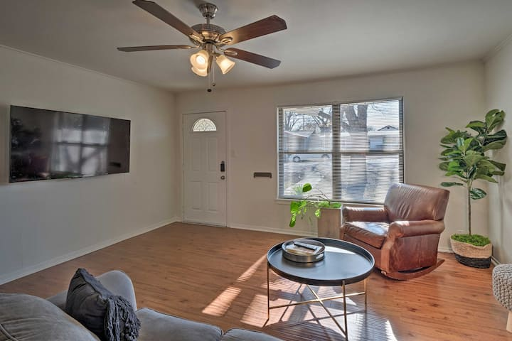 NEW! Upscale Home 5 Blocks to Georgetown Square!