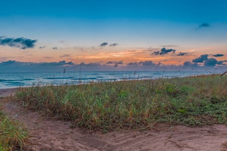 Beach House on Hutchinson Island - Jensen Beach - Huis