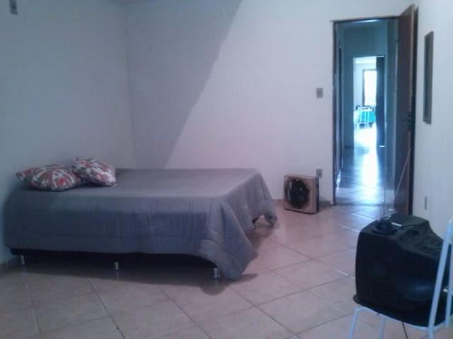 Apartm Temporada/ Campos Goytacazes - Campos - Apartamento