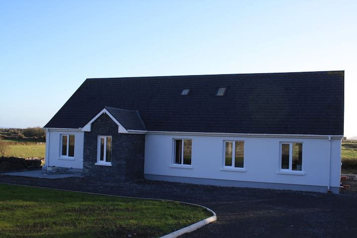 Atlantic Retreat Luxury Apartment with large garden and view to Burren National Park