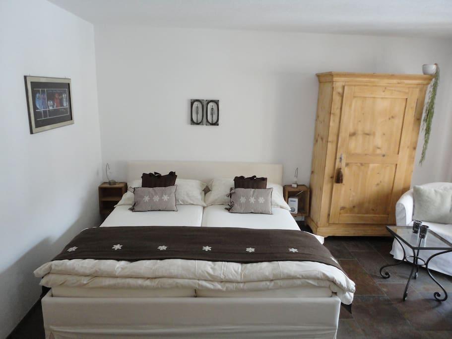 gem tliche rustikale 1 zi wohnung wohnungen zur miete. Black Bedroom Furniture Sets. Home Design Ideas