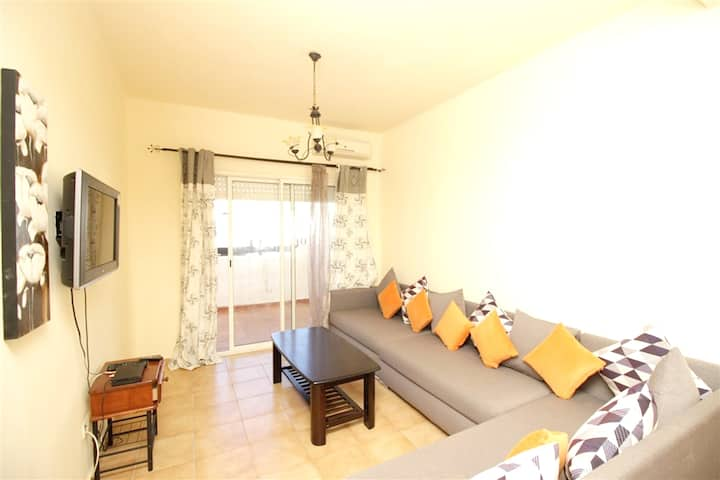 Apartment with 2 bedrooms in Tetouan, with shared pool, furnished terrace and WiFi - 200 m from the beach