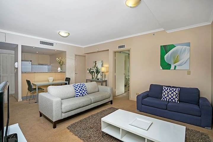 Heart of Chatswood With Gym & Pool Access HELP4 - Chatswood - Apartamento