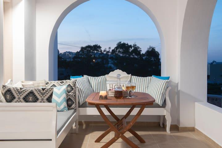 AnneMarie Modern Villa