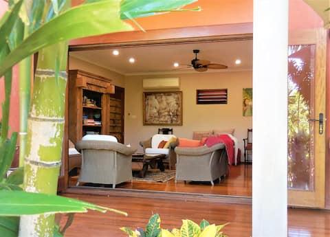 Mandalay Pavilion*Luxurious & Private* Breakfast*