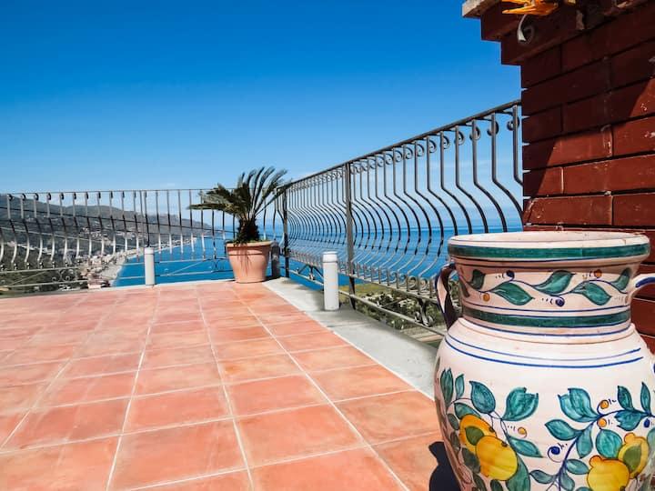 Villa Athèna - Seaview Room - Free Parking