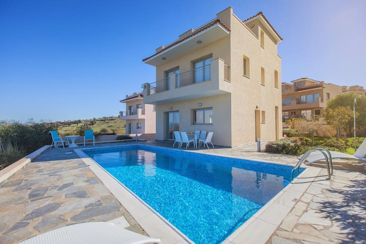 Luxury Villa Near Latchi - Amazing Sea Views -Pool - Drouseia - Villa
