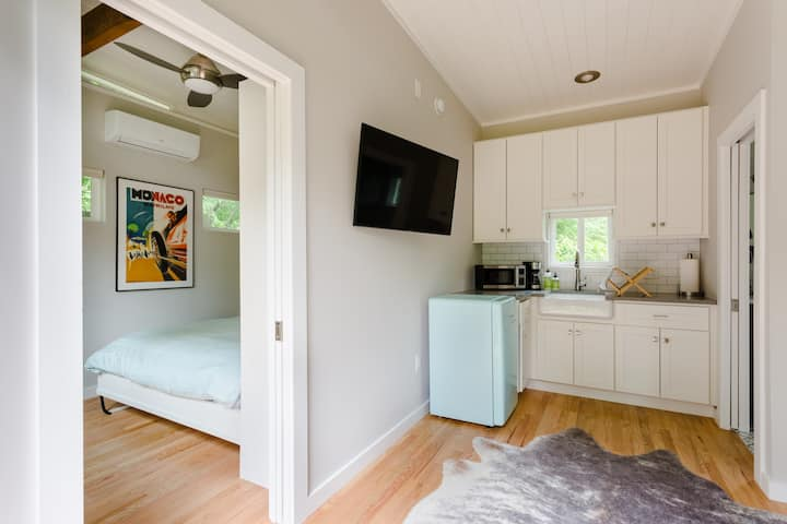 ★ Private, Comfy, Thoughtful Lux Spot | N. Central