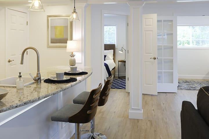 Portland Area Arbor Suite Private Apartment